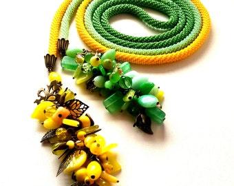 "Beaded lariat necklace""Spring"". Handmade jewelry"