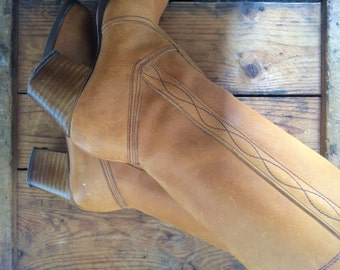 vintage. 1970s tan leather boots