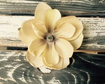 Beige Magnolia flower hair clip