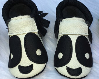 Panda Moccasin - 4 1/2 inches long