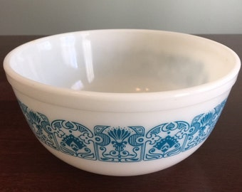 Vintage Pyrex Blue Horizon Mixing Bowl 2.5 Quart