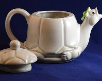 Turtle Pitcher Tea Pot Japan NS