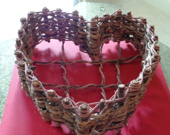 Grapevine Heart Basket