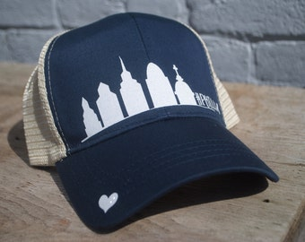 Philly Skyline -Navy/White