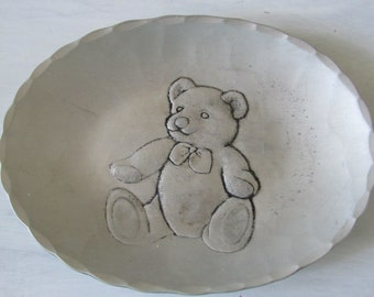 Vintage Wendell August Forge Hammered Aluminum Trinket Plate with Teddy Bear Design