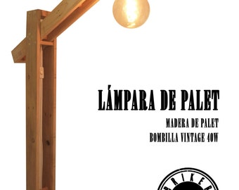 Pallet lamp with vintage lamp