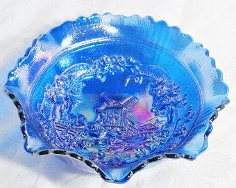 L.E. Smith Blue Iridescent Ruffled Windmill Bowl