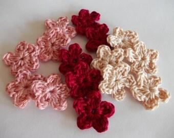 15 crochet mini flower in 3 colors