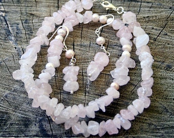 Rose quartz freshwater pearls necklace and earrings set