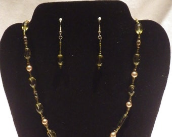 Vintage Lime Green Beaded Necklace, Bracelet, and Earrings
