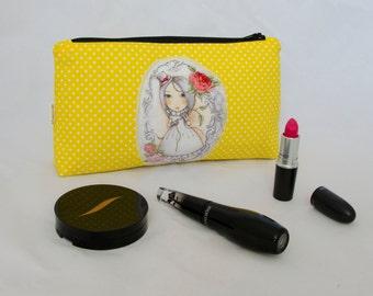 Cosmetic bag / polka dot / yellow
