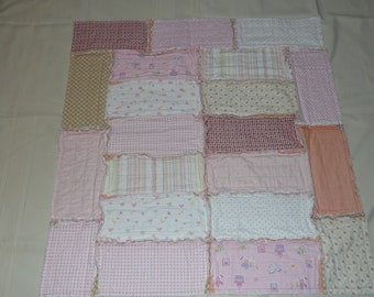 Soft rag quilt for baby