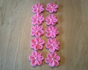 10 x Handmade crochet flower with white pearl bead