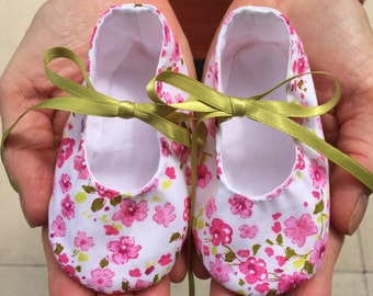 Pretty Cherry Blossom Handmade Pre-Walker Baby Shoes - Baby Girl, 0-6 Months