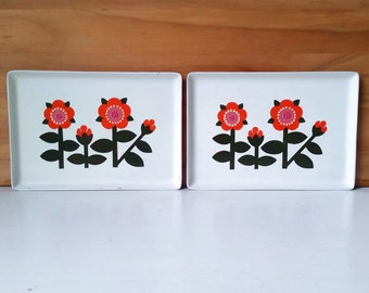 Trays with Flowers