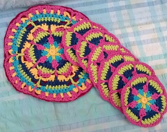 Crochet table mat and 6 coasters.