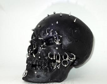 """Skull  """"Piercing Men"""""""