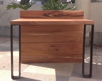 Bureau of design Tzalam wood and metal