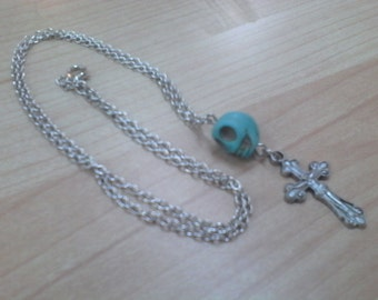 Skull and Cross Pendant Necklace