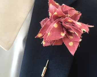 Long Berry Spot Mens lapel pin, Lapel pins men, Flower lapel pin, Mens lapel flower, Lapel pin, Lapel flower