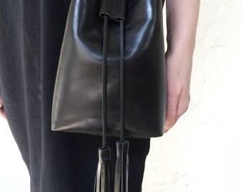 blackbucket bag shoulder leather bag