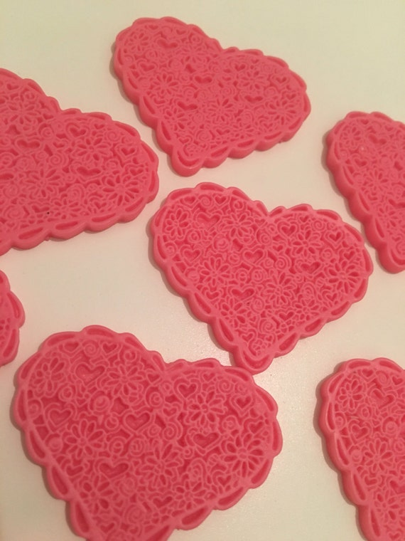 Reduced 3 Pink Large Frilly Lace Heart scalloped resin cabochon. Kawaii decoden. Kitsch Flatback. Jewellery making Hairbow centre diy deco