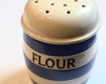 A Vintage T.G Green Cornishware Flour Sifter