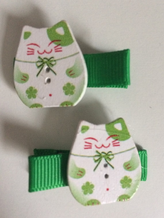 Lucky Chinnese Cat Wooden Hair Slides - Pair in Green