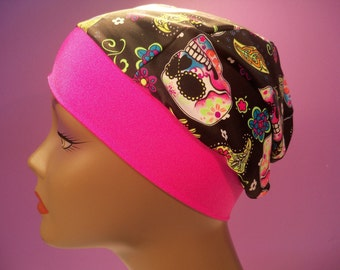 Snug fit cap with pink band