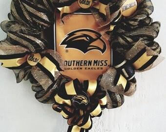 USM Golden Eagles Wreath
