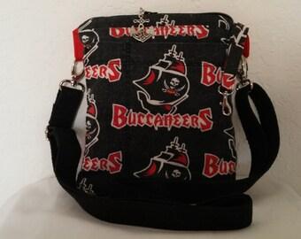Buccaneers cross body bag