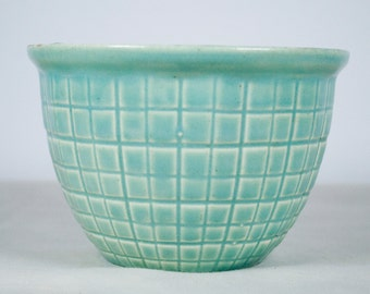 Robinson Ransbottom Beehive Small Nesting Bowl Rrp Co, Mixing Bowls, Roseville Oh, Small Planter