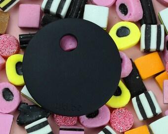 Black circle teether: must have baby teething toy. Simple black teething ring