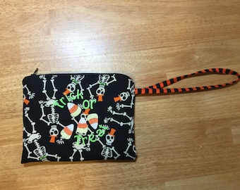Skeleton Halloween Wristlet