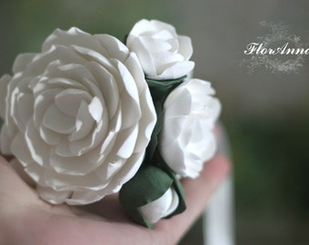 peony bracelet, flower bracelet, peony jewellery, bride bracelet, peony corsage, bridesmaids gift, gift for her, white corsage, white bride