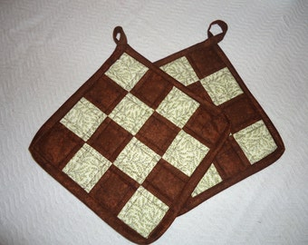 "Brown & Cream Quilted Potholders, 8.5"" square"