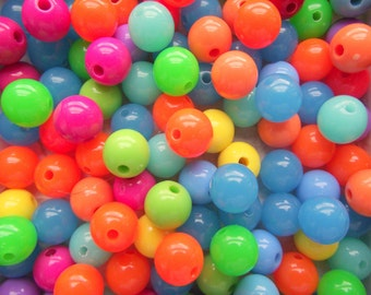 100 x Brightly Coloured Acrylic Beads 10mm