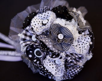 Black & White Rockabilly Wedding Bridal Bouquet