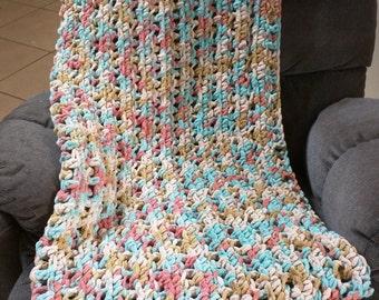 Crocheted Blanket,crocheted throw,Chunky Blanket,Chunky throw,Handmade blanket,Multicolored Blanket,thick Blanket,Home Decor Blanket