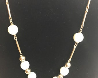 Vintage signed Sarah Coventry necklace