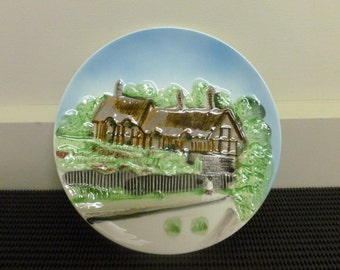 Vintage 1960's 3D Porcelain Oval Farm/Cottage/House Collectors Plate/Wall Plate/Decorative Plate- Made in Japan