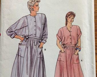 Vogue Dress 8990, Size 14-16-18.