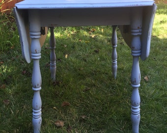 1920s Shabby Chic Drop Leaf Table