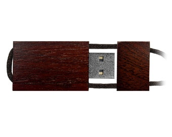 Quantity 25 EcoWood (Bamboo/Walnut/Redwood or Maple) 4GB USB Flash Drives