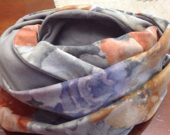 Infinity scarf grey and purple