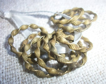 1 x Delicate French Curtain Rings for Voile Net