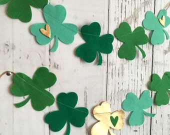 Shamrock Banner or Garland // St. Patrick's Day // St. Patty's Day // Green // Gold // Luck // Photo Prop // Mantle Decor