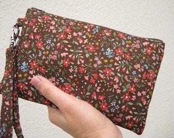 Wedding Clutch 2 pockets,medium,bridesmaid,flowers,, wristlet, cotton - brown floral
