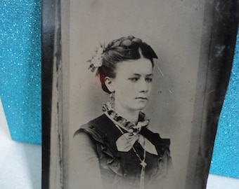 Antique Tintype Photo Of A CDV Photo of a Beautiful Woman