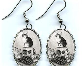 Witch's Cat Earrings Tabby Kittens Vampire Skull Gothic Fantasy Cat Art Cameo Earrings 25x18mm Gift for Cat Lovers Jewelry
